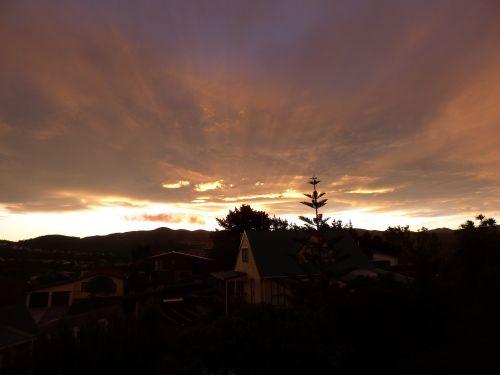 sunset sunrays evening
