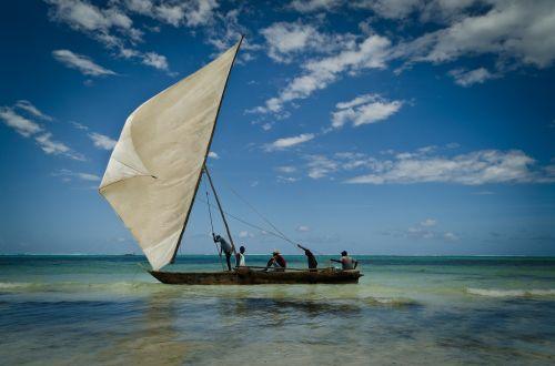 zanzibar boat sail