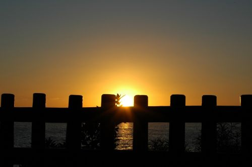 sunset gate sun