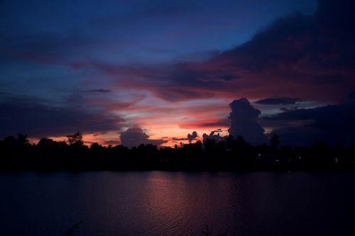 sunset laos the mekong river