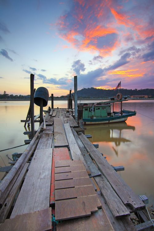sunset old jetty best moment