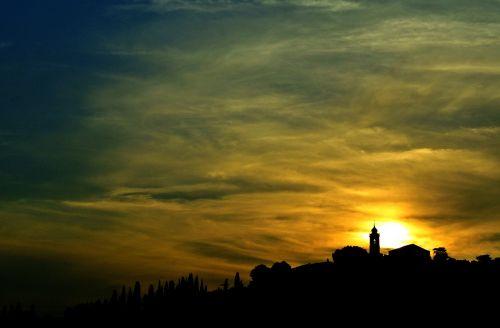 campanile sunset sun