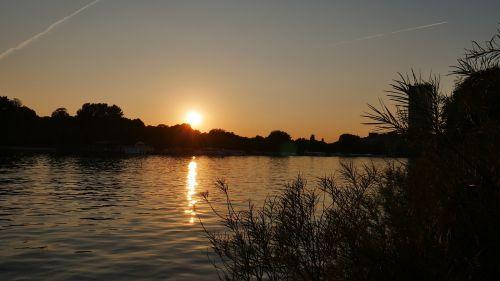 sunset berlin water