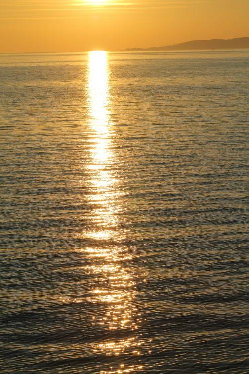 sunset glamour aranyhíd
