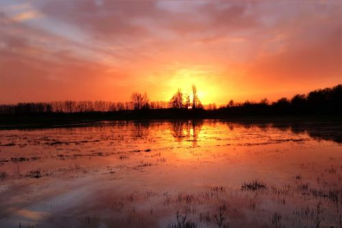 sunset reported flood