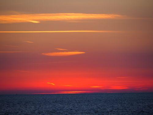 sunset holidays sea