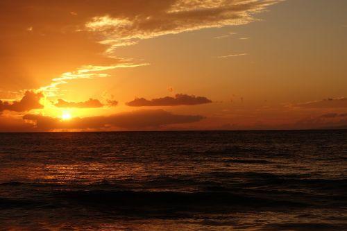 sunset orange maui