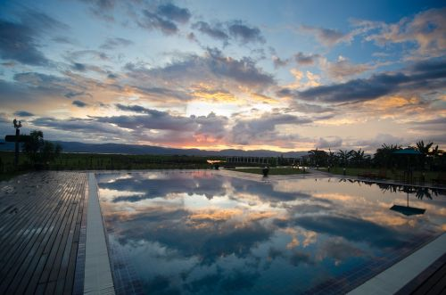 sunset inle lake nyaungshwe