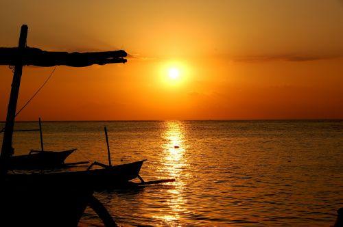 sunset sea bali