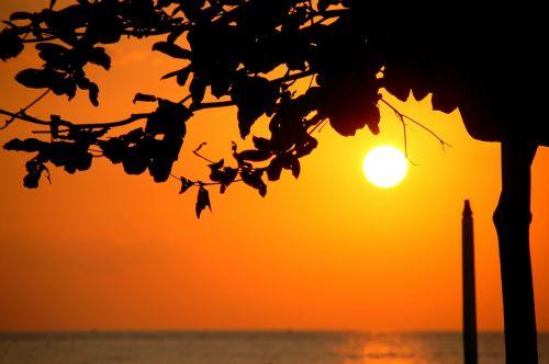 sunset water bali