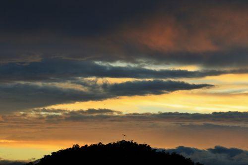 sunset clouds streaks