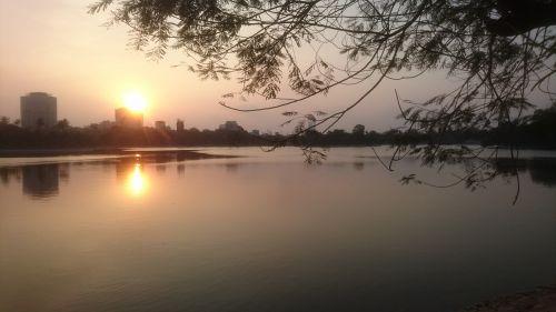 sunset hanoi more