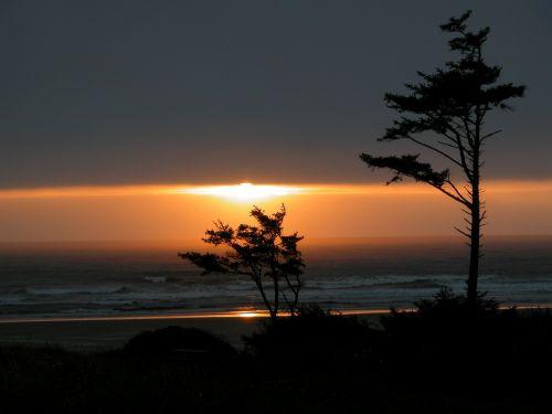 sunset pacific ocean oregon