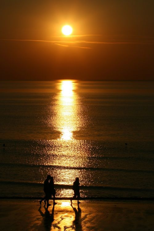 sunset walkers beach