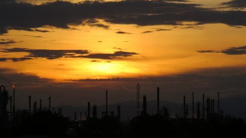 sunset petroleum refinery