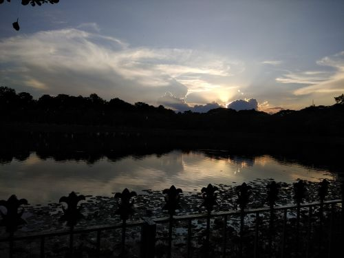 sunset rabindra sarobar lake kolkata