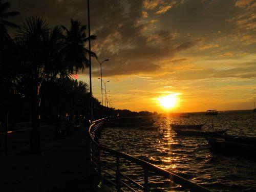 sunset postcard alter do chão