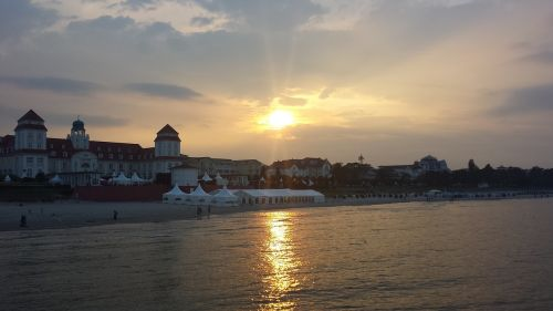 sunset kurhaus holiday