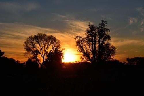 saulėlydis,saulė,kraštovaizdis,gamtos kraštovaizdis,gamta,kontrastas,apšvietimas