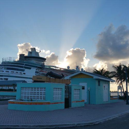 sunset bahamas cruise