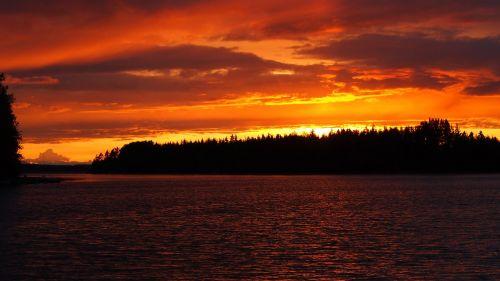 sunset midsummer lake