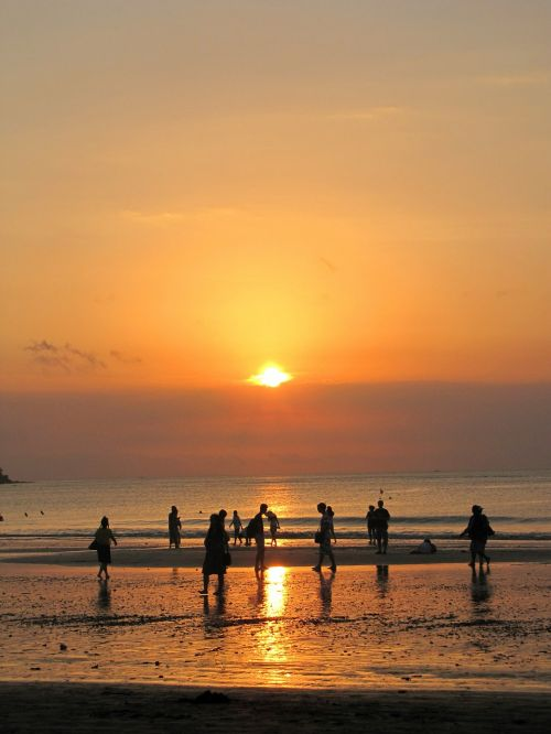 sunset indonesia beach