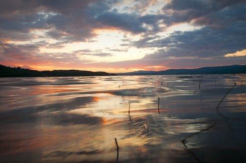 sunset  lake  beaumont provincial park