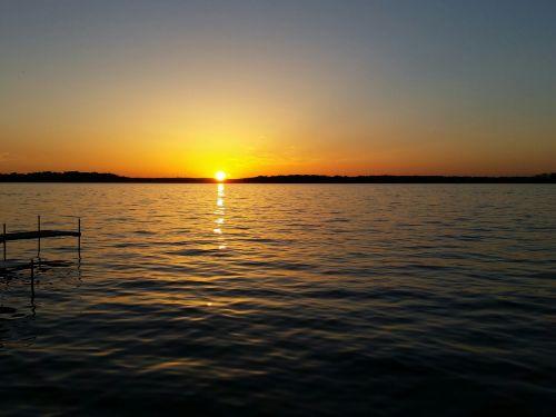 sunset lake sun