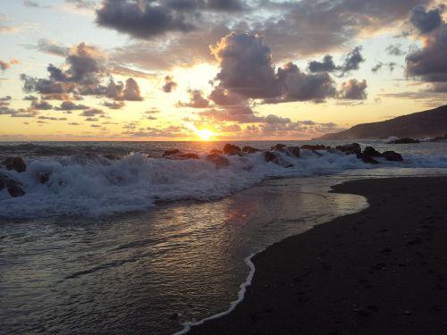 sunset storm tyrrhenian