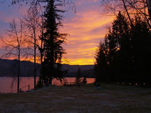 sunset colorful canim lake british columbia