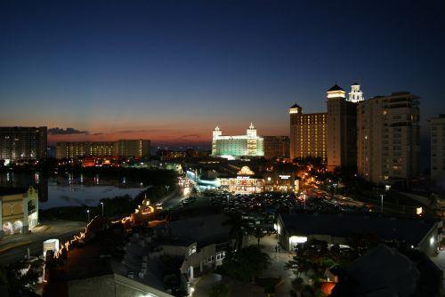 saulėlydis,cancun,jūra,saulės saulėlydis,saulėlydis,miestas,modernumas,šventė,prabanga,prabangus,elegantiškas