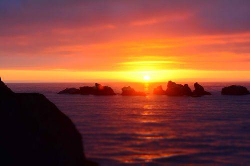 sunset coast rocks