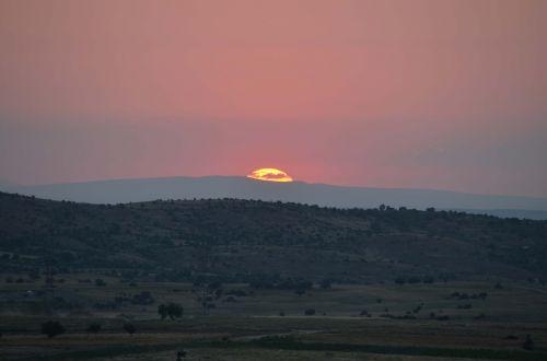 sunset uchisar cappadocia