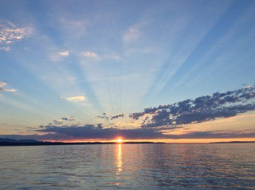 sunset puget sound sun rays