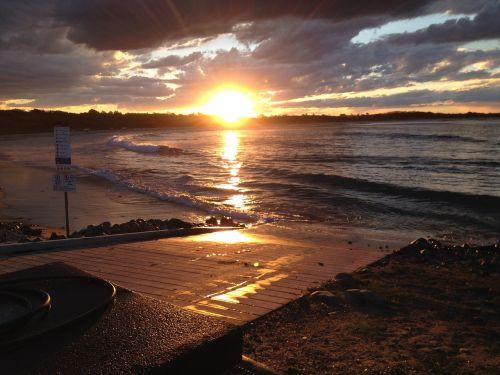 sunset point plomer nsw