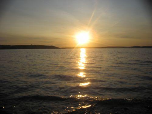 Sunset Missouri River South Dakota
