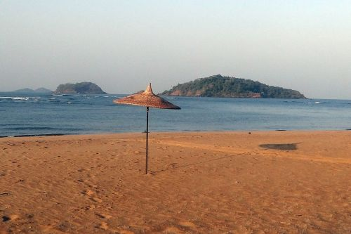 sunshade beach parasol