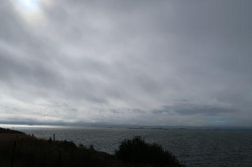 suomenlinna sea clouds