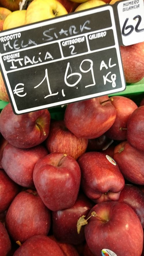 supermarket apples price