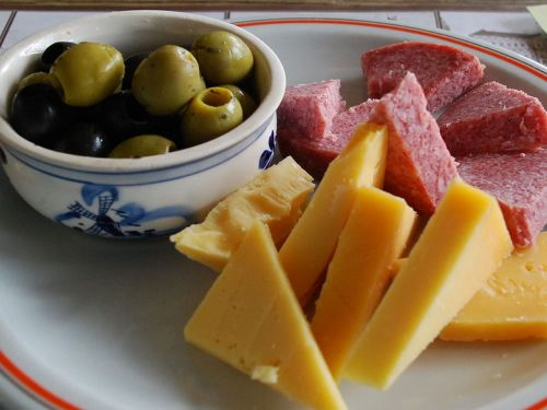 supper cheese olives