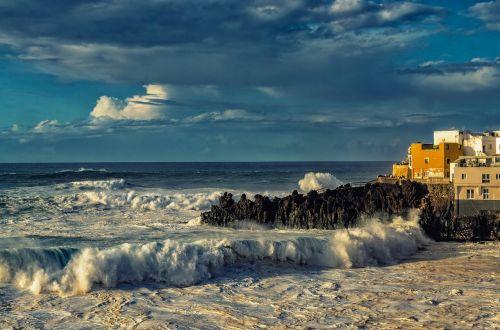 surf atlantic holiday