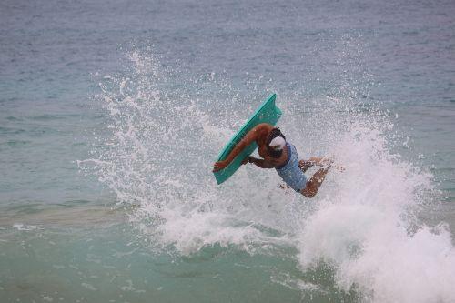 surfer sea maui