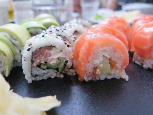 sushi dinner eat