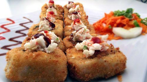 sushi sushi rolls rice