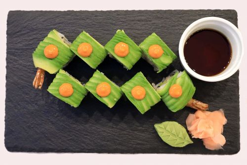 sushi nutrition sashimi