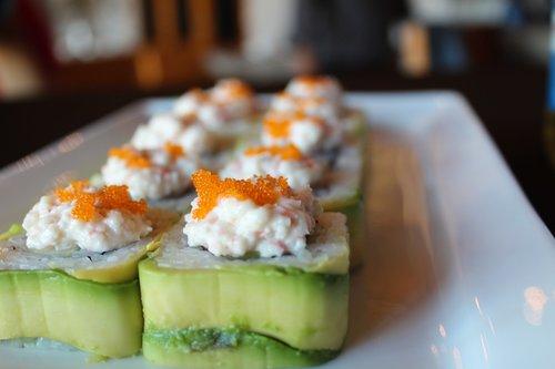 sushi  avocado  japan