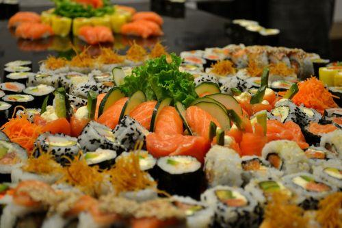 sushi presentation chef food