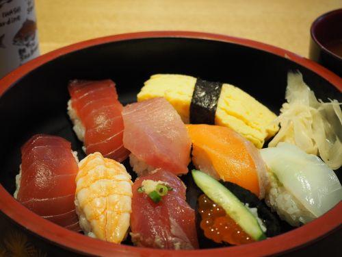 sushi egg salmon