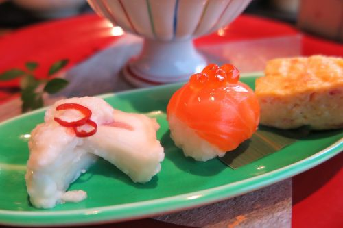 sushi salmon salmon roe