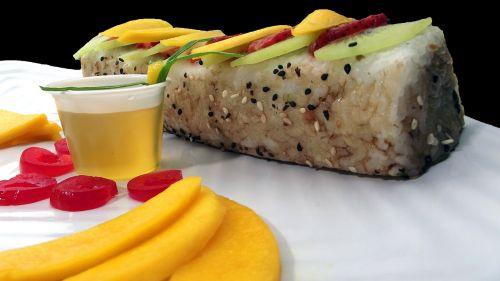 sushi roll sushi mango